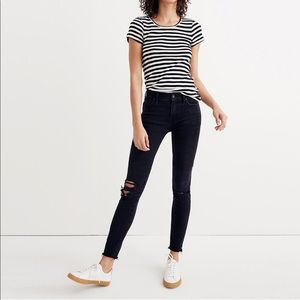 "Madewell 9"" Mid-Rise Skinny Jeans in Black Sea"
